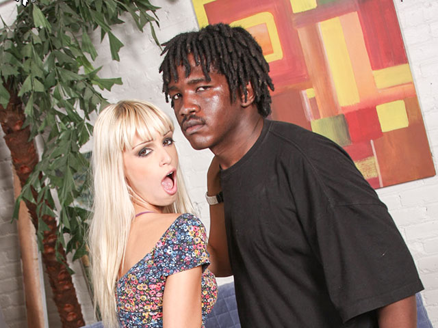 Derek Skeeter from BlacksOnBlondes.com