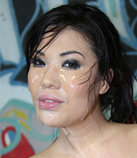 London Keyes Interracial BlowBang